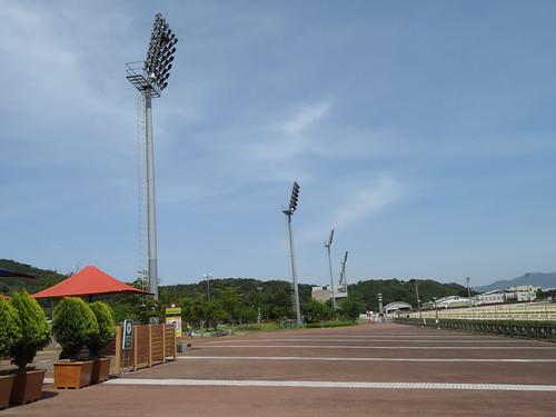 釜山慶南競馬場の4コーナー寄り