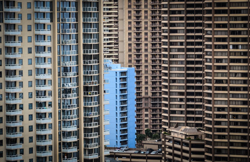 hawaii waikiki oahu honolulu suffocation skyscrapers highrises building architecture concrete jungle