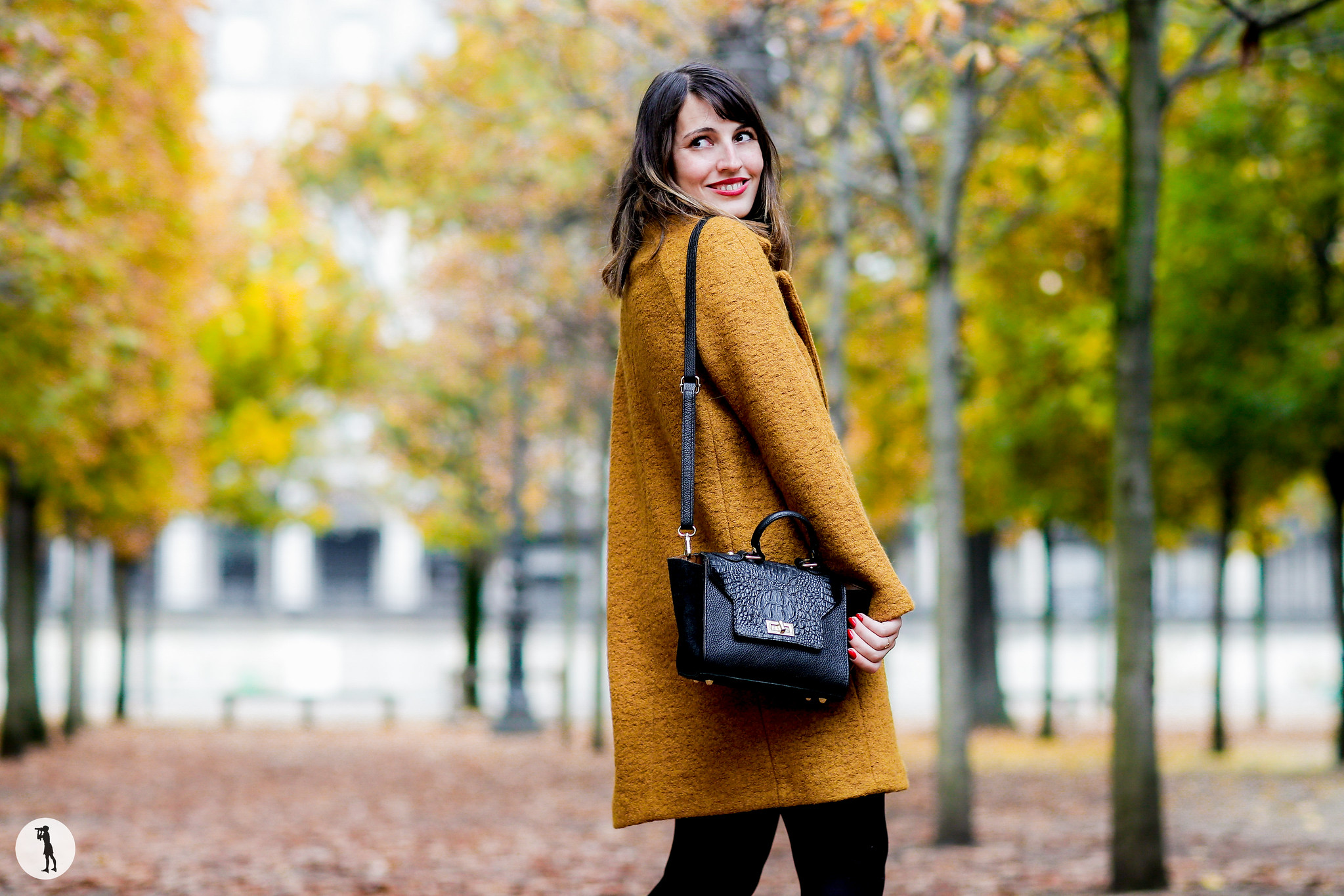 Street style Photo shooting with french bloggers in Paris. Blogueuse Elles En Parlent