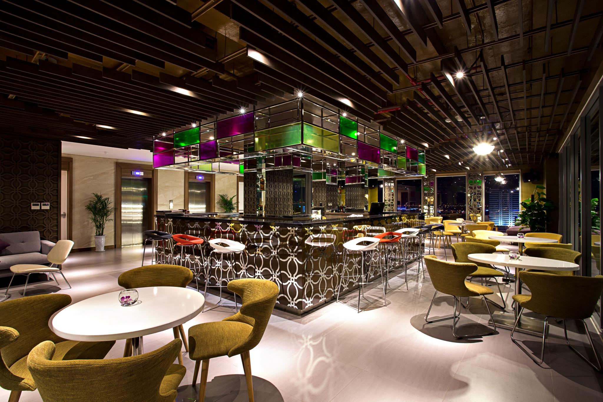 Giảm 5% hóa đơn Top View Bar | Vanda Hotel 2