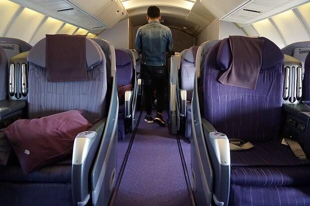 170505 タイ国際航空ボーイング747ビジネスクラス2階席に搭乗した話