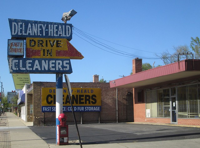 Delaney Heald Cleaners, Beverly, Canon POWERSHOT A1300