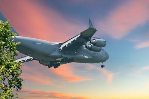 c17 c17globemaster globemaster airplane aircraft militaryaircraft usaf airforce flying canon