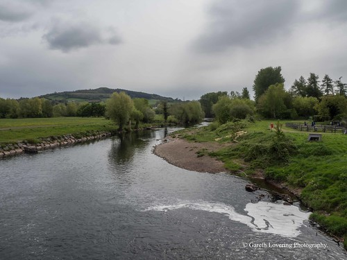 River Usk Abergavenny 2017 04 27 #2 (Gareth Lovering Photography 3,000,594 views.)