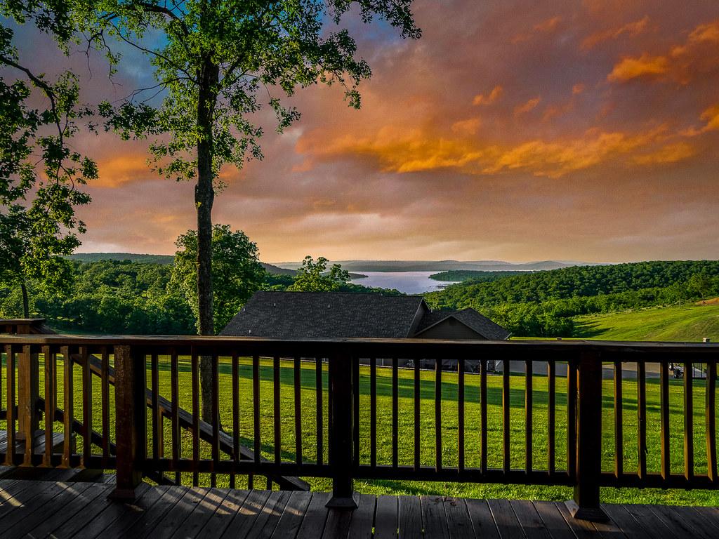 Hotels Near Lake Tenkiller