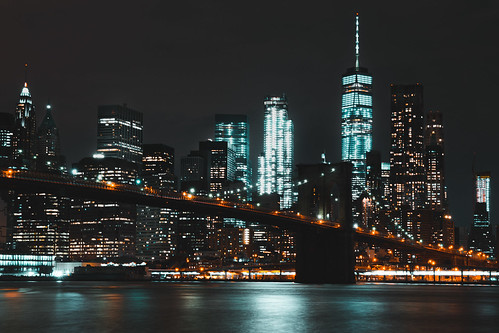 brooklyn bridge new york city cityscape night wtc one world trade center usa america skyline orange teal water hudson river lights impressive view reflection