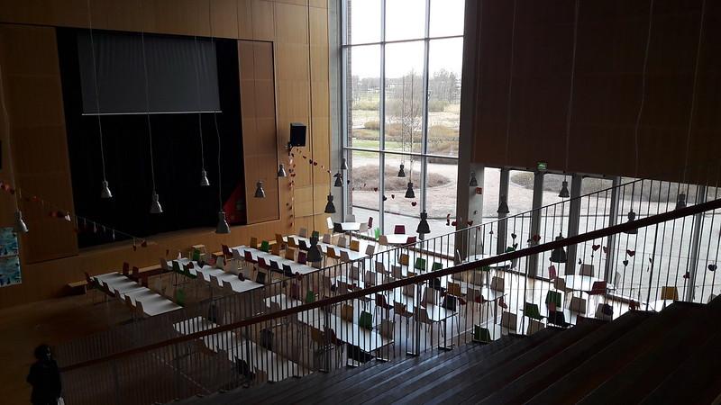 Kirkkojärven koulun aula