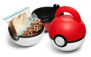「一個專業的寶可夢訓練師,連吃飯配備都絕不馬虎!!」ThinkGeek【精靈球餐盒】Poké Ball Lunch Case