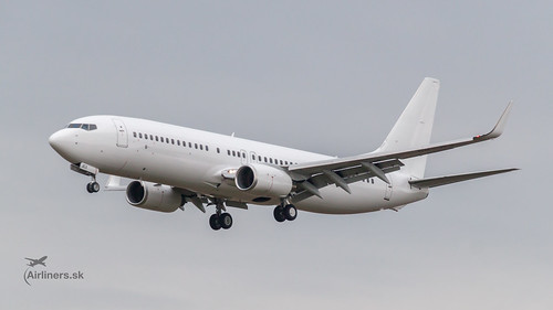 Boeing 737-800, OM-JEX, AirExplore