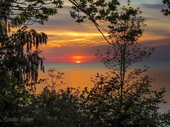 Lake Erie Bluffs sunset May 16