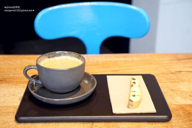 頭城|黑宅咖啡