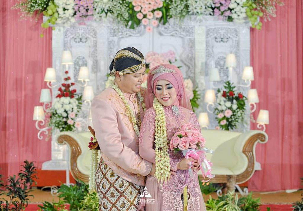 Poetrafoto Professional Prewedding Wedding Photos Most
