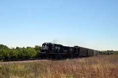 NS6115 leads train 290 North, Shenandoah Junction, WV