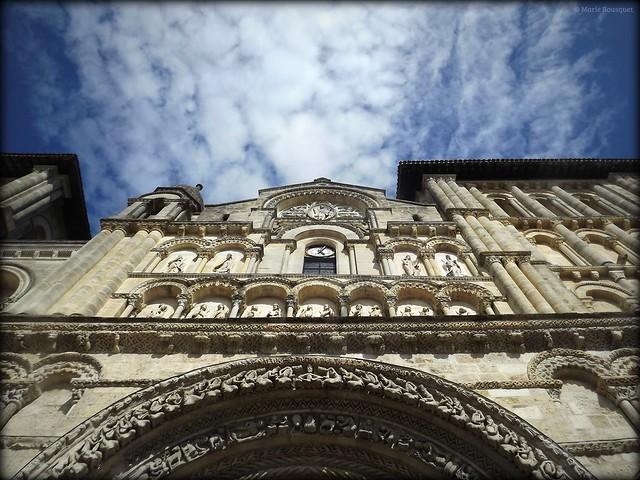 Eglise Sainte-Croix à Bordeaux, Fujifilm FinePix S4000