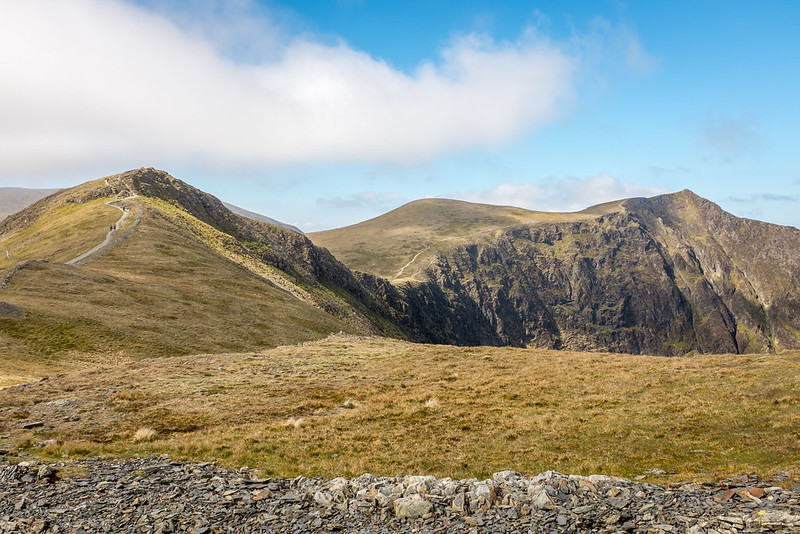 Sand Hill (center), Hopegill Head (right)