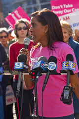 Donna Miller Planned Parenthood Illinois Protesting Trumpcare Chicago 5-11-17 6282