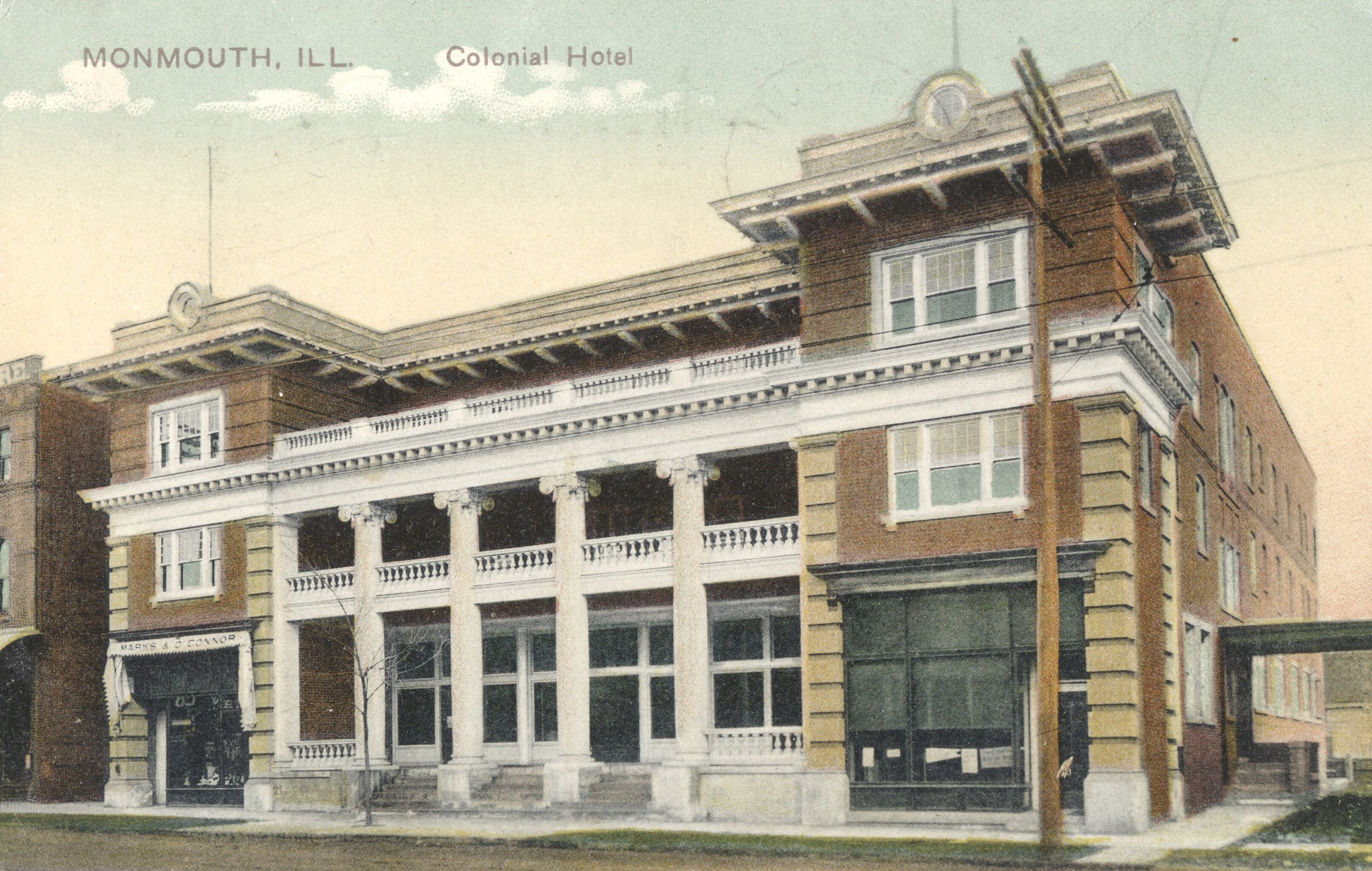 Colonial Hotel - Monmouth, Illinois