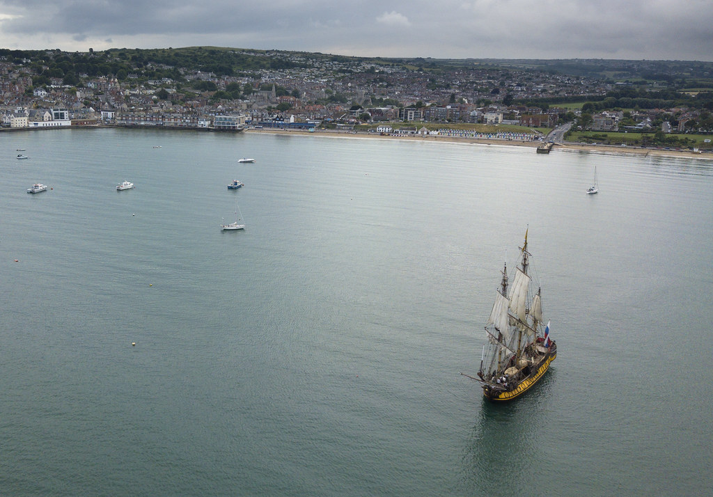 Shtandart in Swanage Bay with beach behind - Click to show full size
