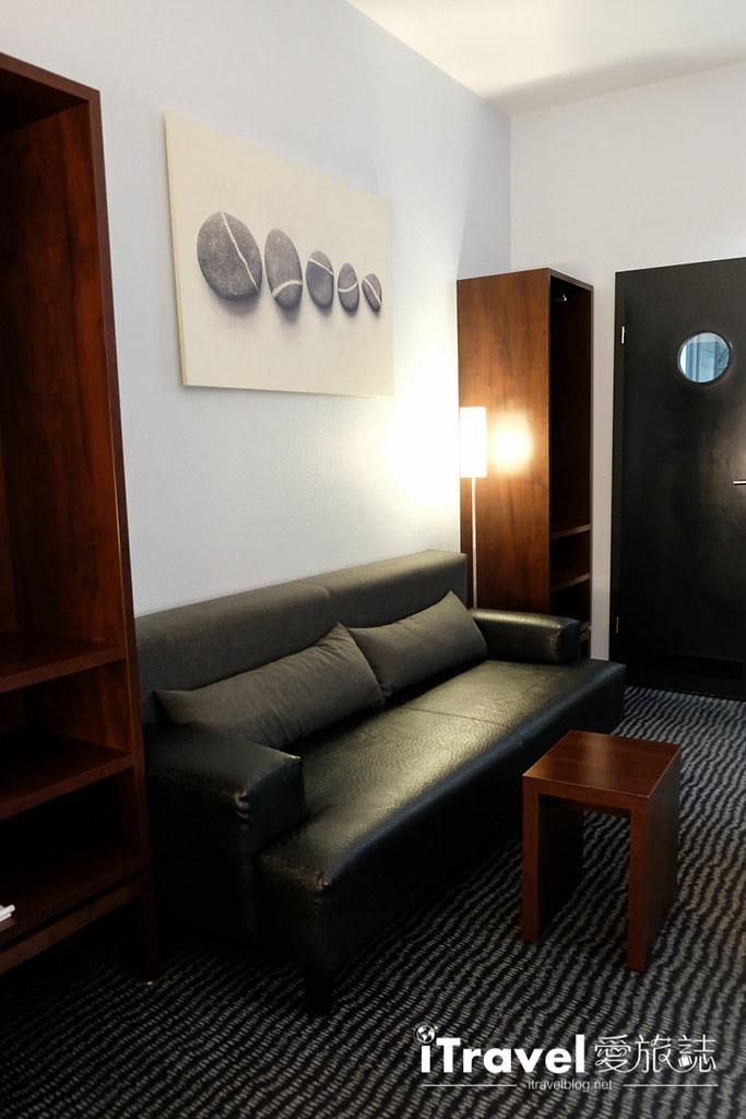 《法兰克福饭店推荐》康科德酒店 Concorde Hotel:紧邻中央车站,超便利超市、异国美食与DM药妆。