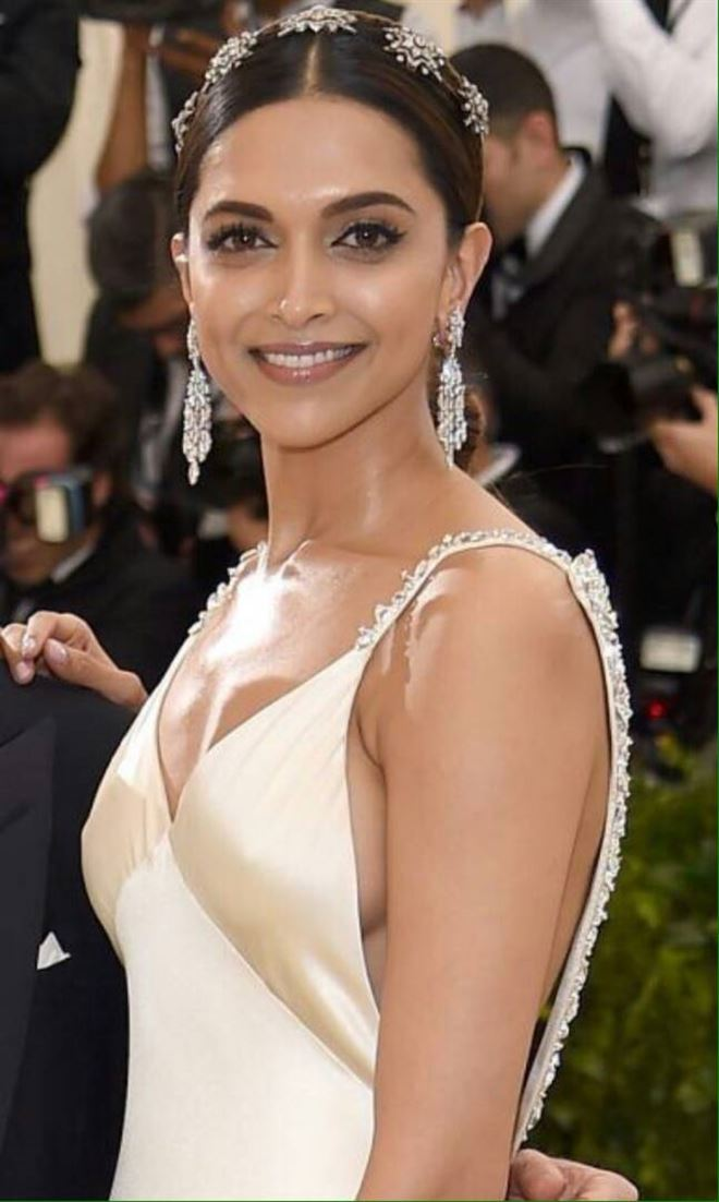 Actress Deepika Padukone met gala 2017 | Photos | News