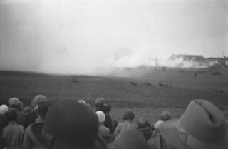 Røyklegging - Militæroppvisning ved Kristiansten festning (1932)