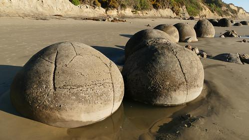 Moeraki boulders. Otago. NZ