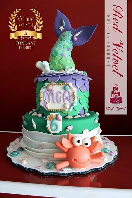 Cake by Pasteles de Fondant Red Velvet