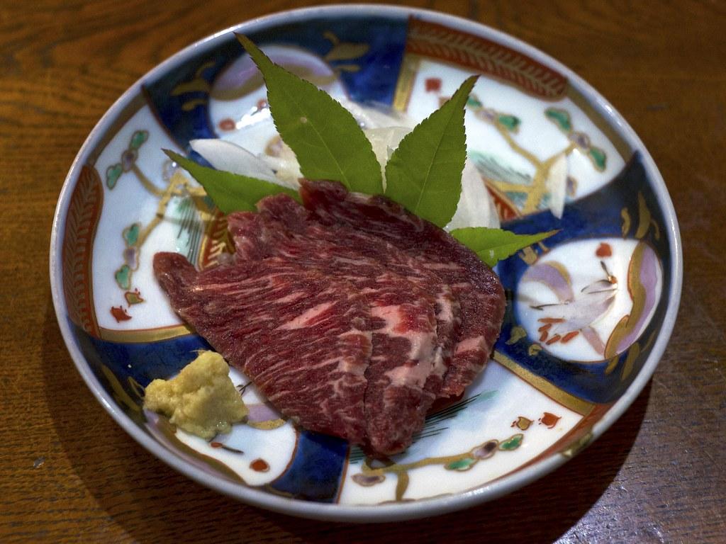 Horse meat sashimi / 馬刺し / のんび荘 (長野県飯田市)
