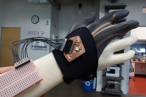 DIY VR Glove