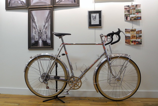 Bicycle imitates art, Nikon COOLPIX P7000