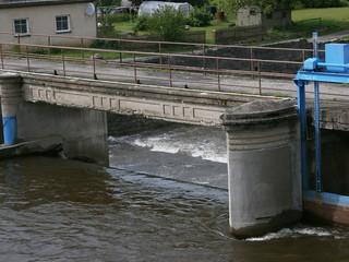 Stavidlo na řece Bělé