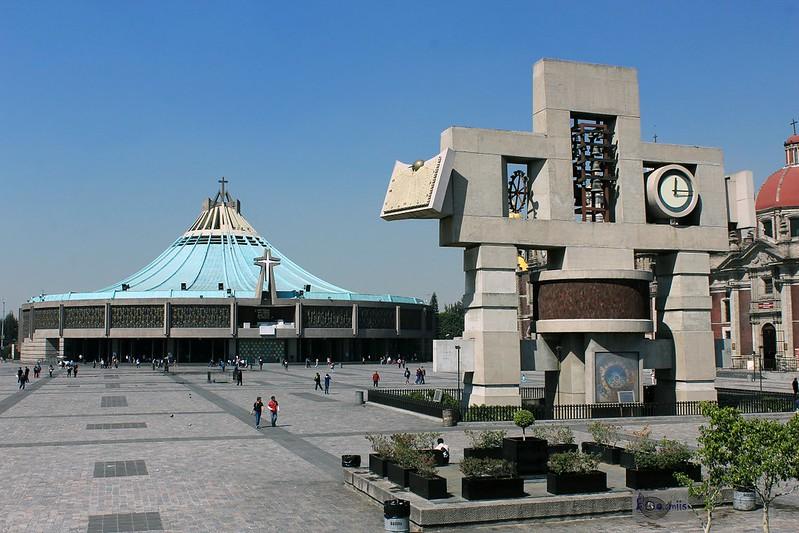 Basílica y Carrillón
