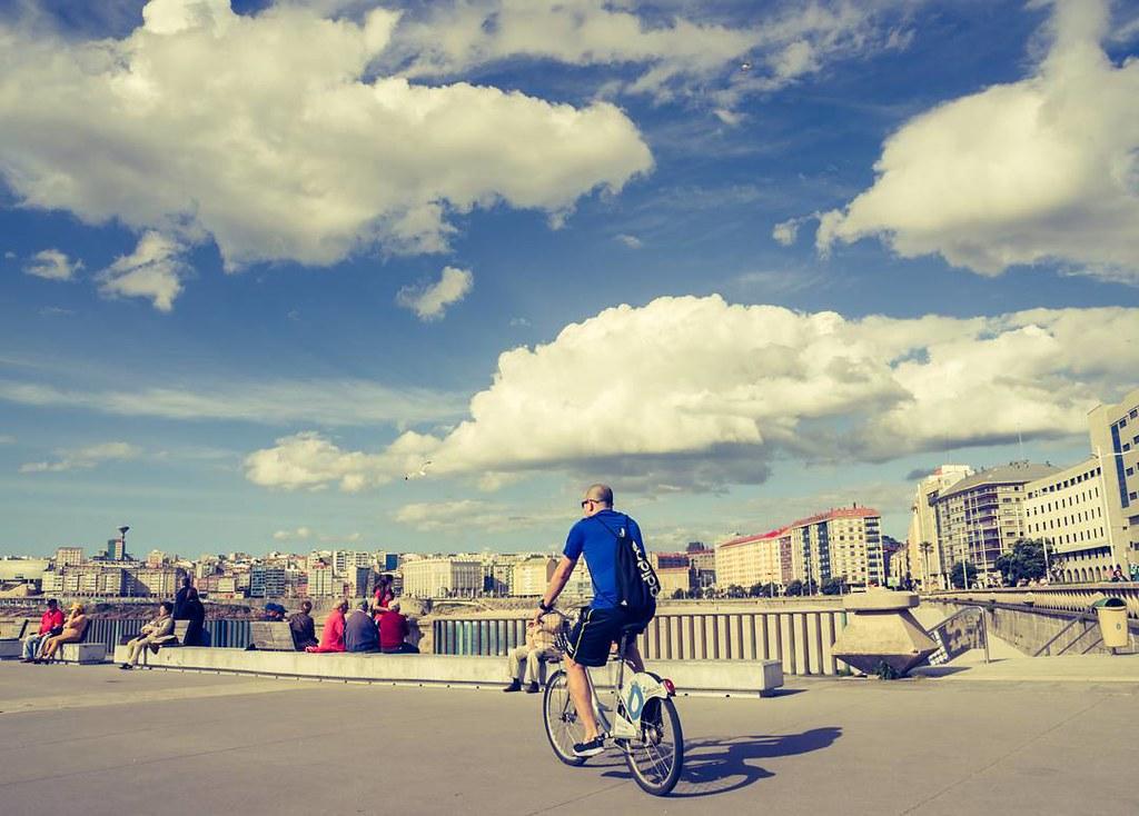 Coruña style. #skyphoto #bikephoto #Coruña #spring #photography #olympus