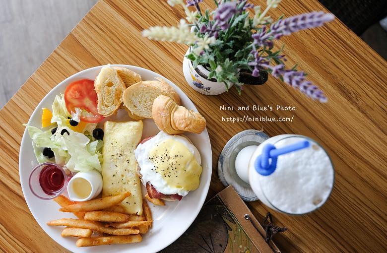 台中沙鹿早午餐咖啡小小迷路14