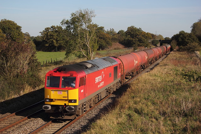 10743..22.10.11 ACTON TURVILLE.60007..6B33 THEALE, Canon EOS 550D, Canon EF 35-105mm f/3.5-4.5