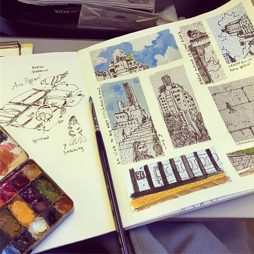 Adding color while in flight - this was my morning in NY. #sketchbook #nyc #morninginnewyork #gouache #sketchingwhilewaiting #drawingeverywhere