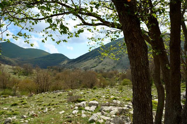 Aurunci Mountains springtime, Nikon D5100, AF-S DX VR Zoom-Nikkor 18-200mm f/3.5-5.6G IF-ED [II]