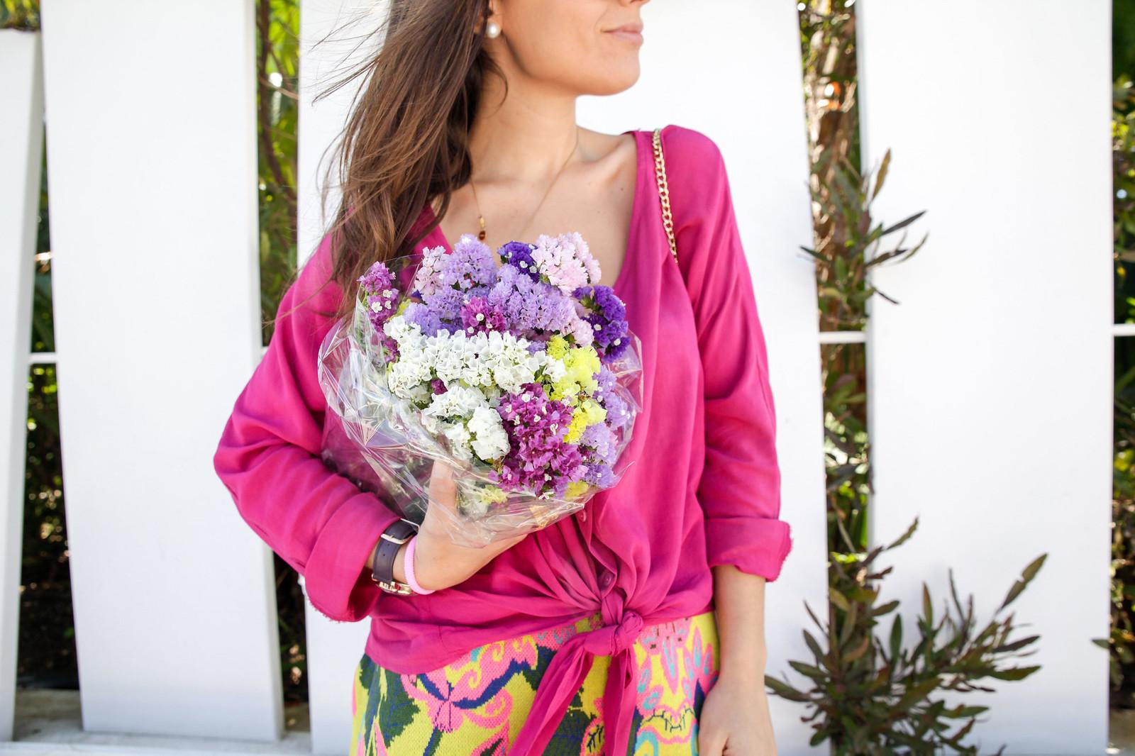 012_blusa_magenta_falda_amarilla_outfit_ruga_summer17_theguestgirl_influencer_barcelona_portugal_brand_ambassador