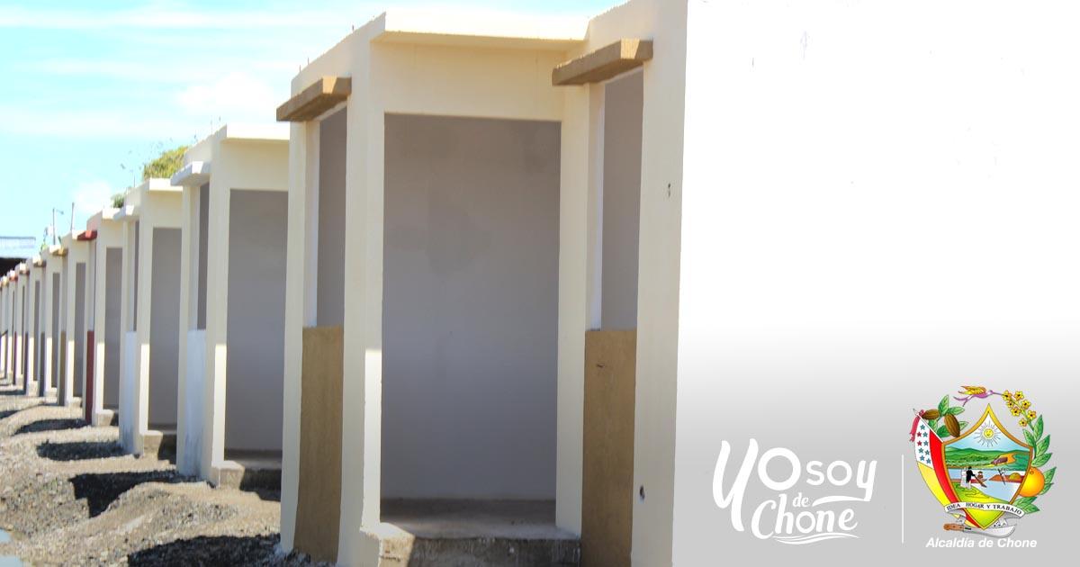 Continúan construcción de las viviendas para los damnificados del 16A