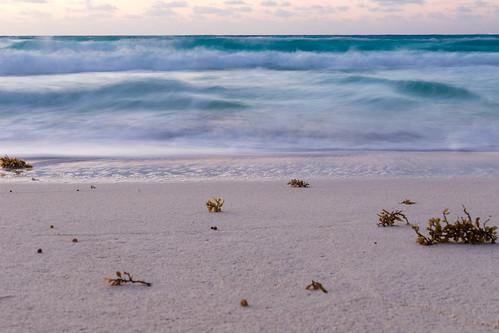 natural sunrise quintanaroo sigma nature water canon tones light mexico longexposure contrast ocean sigma35mmart cancun canon7dmkii waves sun rays solar landscape clouds sea