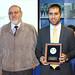 """En tanto, Javier Fernández Fica obtuvo el premio """"Lucien Coudurier"""" por ser el alumno más destacado de ingeniería civil metalúrgica de la Universidad de Concepción. En la foto, junto al director del departamento, Froilán Vergara"""