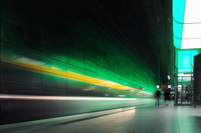 Speeding light