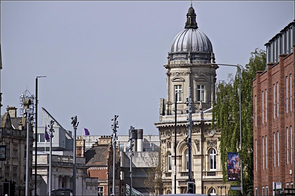 Hotels Near Hull Paragon Interchange