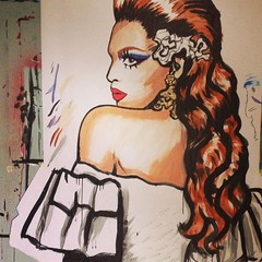 Valentina you're beeeeautiful! @allaboutvalentina :kissing_heart: #dragqueen #surianiart #suriani #parisstreetart #makeup #beauty #latina #drag #rupaul #rupaulsdragrace #rpdr #rpdr9 #queerart #queerartist #queerstreetart #wheatpaste #streetartparis #hairs