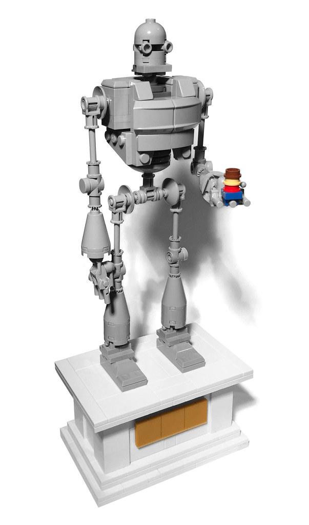 LEGO Iron Giant (custom built Lego model)