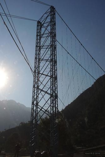 nepal préci pontsuspendu