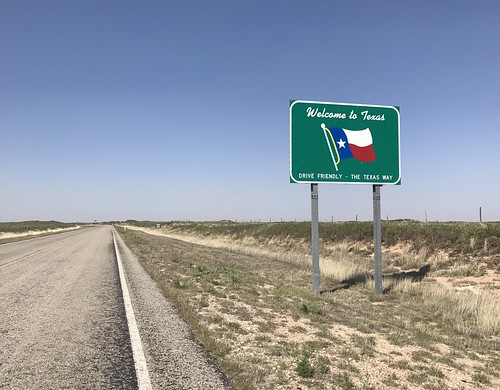 texas boarder sign