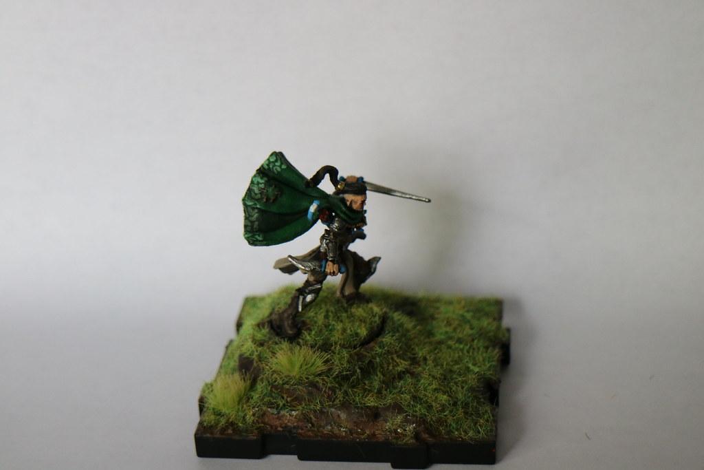 Runewars Miniatures Kari Left