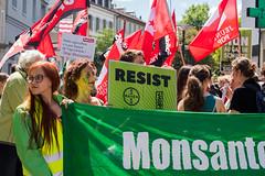Tous unis contre Monsanto ! United people against Monsanto !