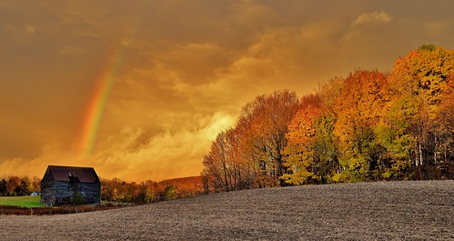 sunset rainbow stom clouds nature fall foliage color trees farm landscape scene scenic wow barn rensselaer county poestenkill oz light newyork ny upstate 518 capitalregion nikon d610 rwgrennan rgrennan ryan grennan amazing field sky